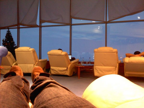 Resting in the Transaero Businessclass Lounge in Domodedovo Airport