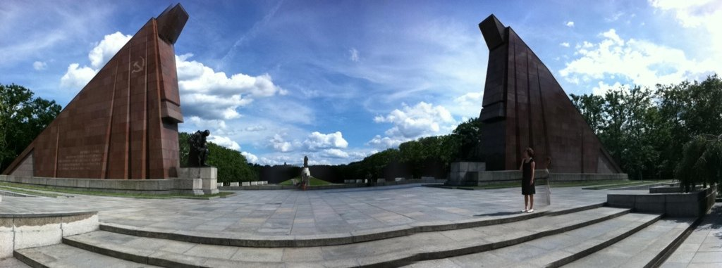 Panorama of the Sowjetisches Ehrenmal – Treptower Park