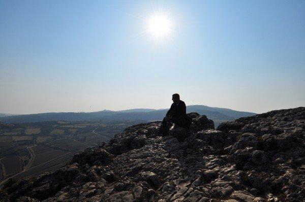 Sitting on the edge of la roche de solutré