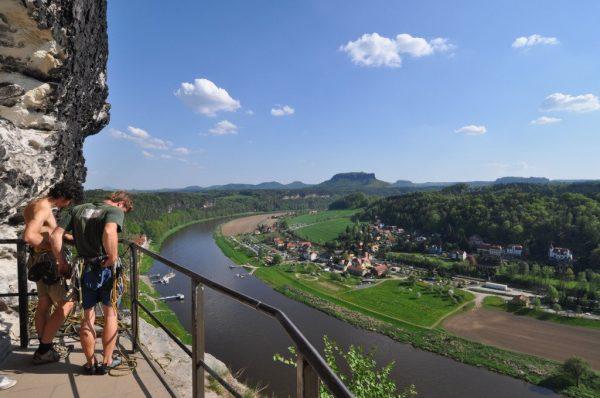 2 Rock Climbers getting ready at the Felsenburg Neurathen