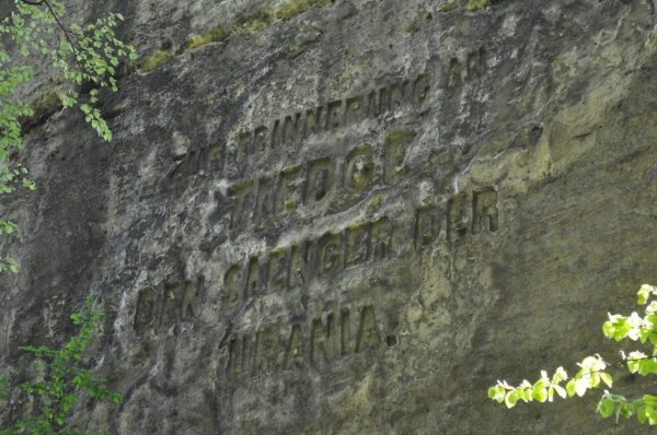 Inscription at the Memorial of Tiedge at the Rockcastle Neurathen