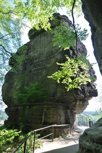 Monument in Honor of Tiedge - Sänger der Urania
