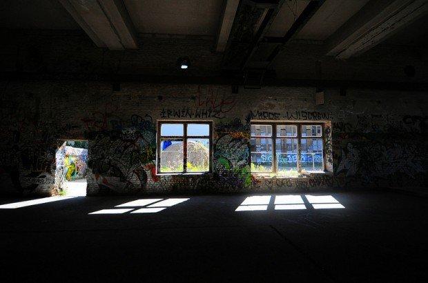 Empty hall on the ground floor of the Eisfabrik