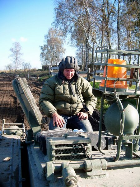 The Tank Instructor giving last minute Tips