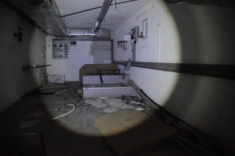 kino sojus electric room abandoned cinema verlassenes kino lost places abandoned berlin germany