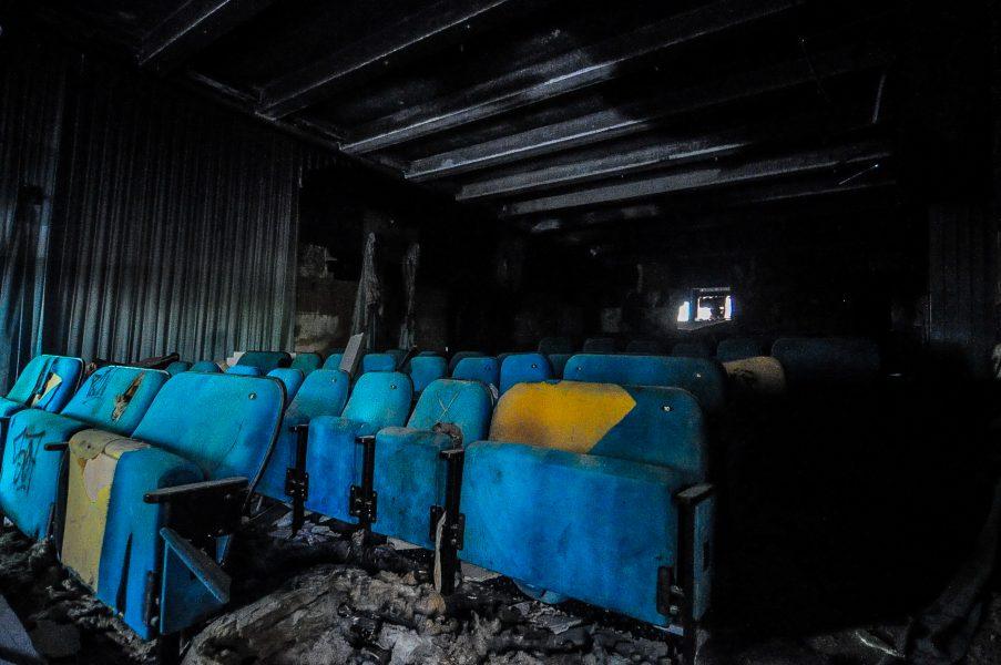 kino sojus saal sitze seats abandoned cinema verlassenes kino lost places abandoned berlin germany