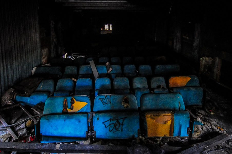 kino sojus sitze kino abandoned cinema verlassenes kino lost places abandoned berlin germany