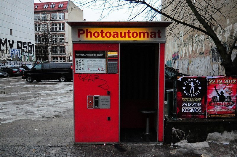 The Photoautomat