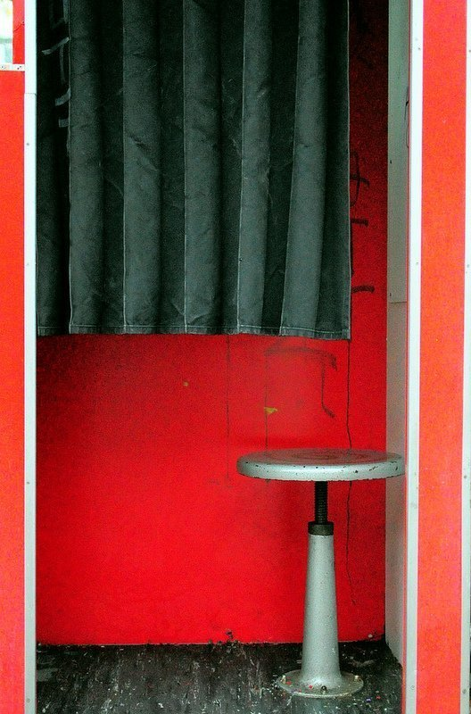 photo booth chair and curtain