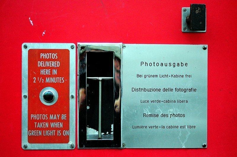 photoautomat photo slot