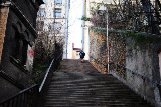 staircase leading up to the rue du bon pasteur in lyon, france