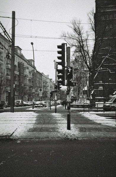 ampelman crossing berlin germany