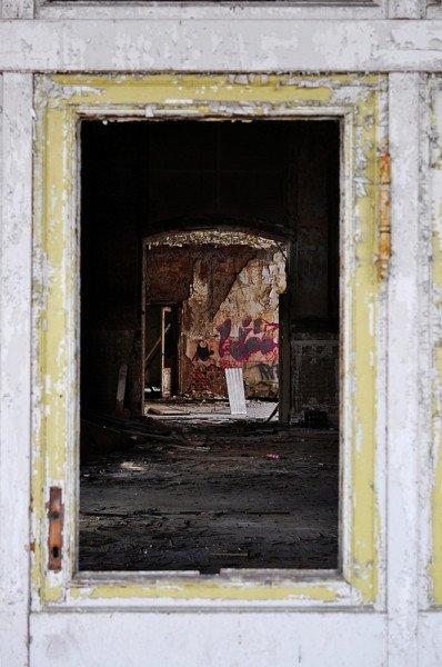 graffiti ballhaus riviera
