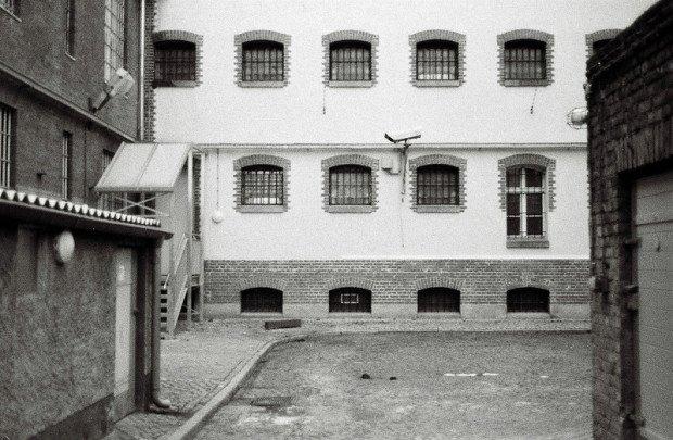 prison entrance lindenstrasse potsdam