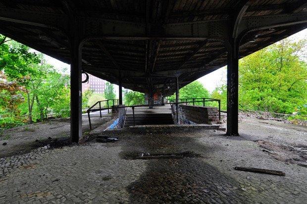 abandoned sbahn station siemenstadt