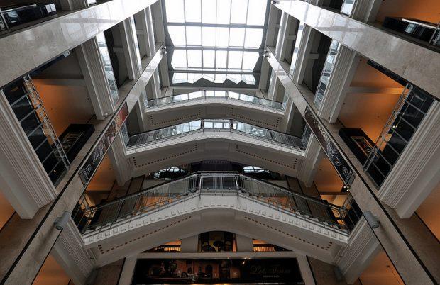 interior staircases Parizsi Nagy aruhaz