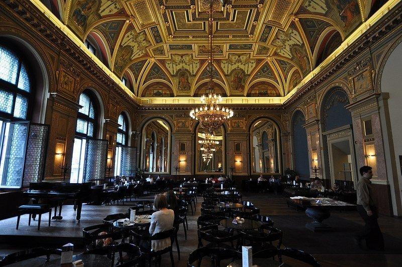 cafe parisi budapest neo renaissance lotz terem budapest hungary