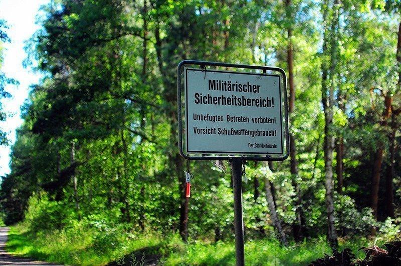 bundeswehr military warning sign