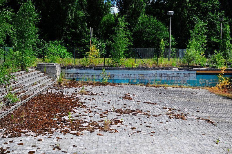 freibad lichtenberg small abandoned pool