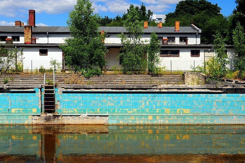 Freibad lichtenberg digital cosmonaut for Disused swimming pools