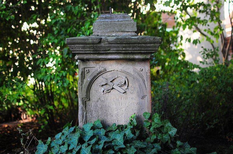 rahnsdorf fisherman grave