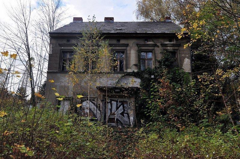 abandoned cinema berlin germany