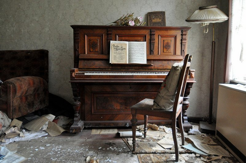 abandoned piano berlin germany