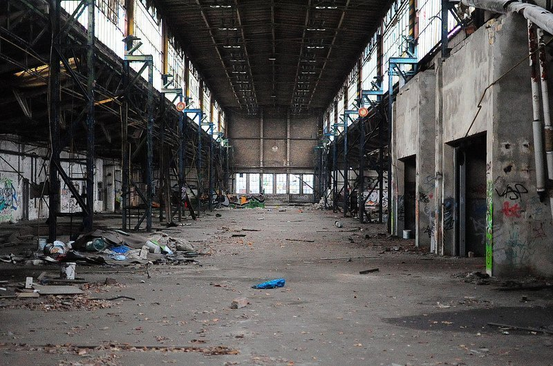 verlassene lagerhalle veb kuehlautomat berlin