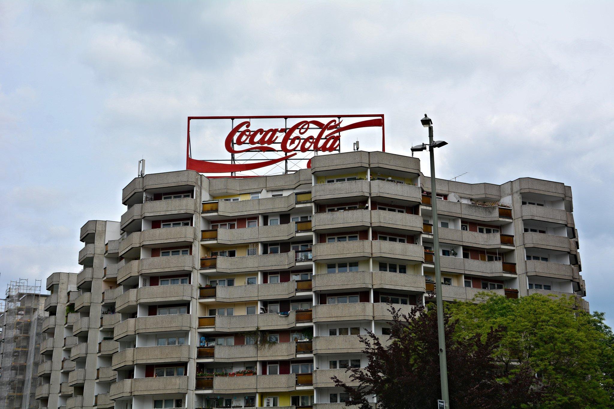 coca cola tafel werbung spitteleck berlin