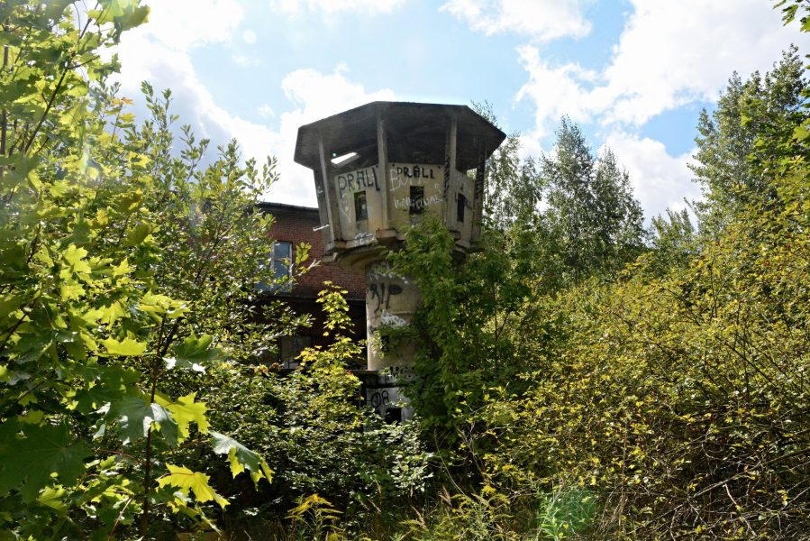 abandoned military tower berlin