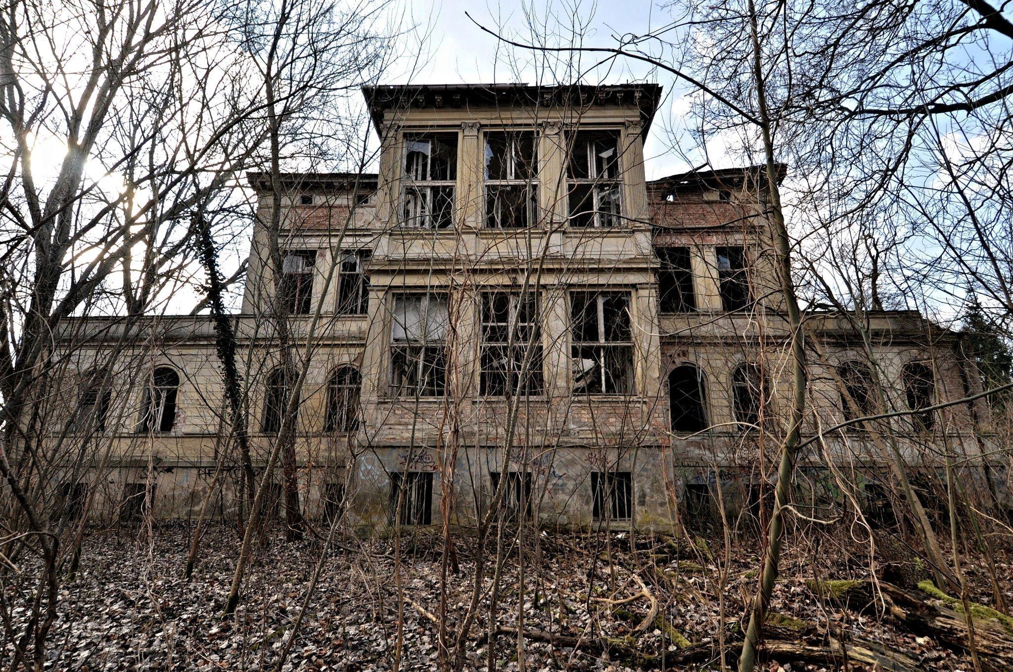 Lost Places Abandoned Villa Germany Urbex Digital Cosmonaut