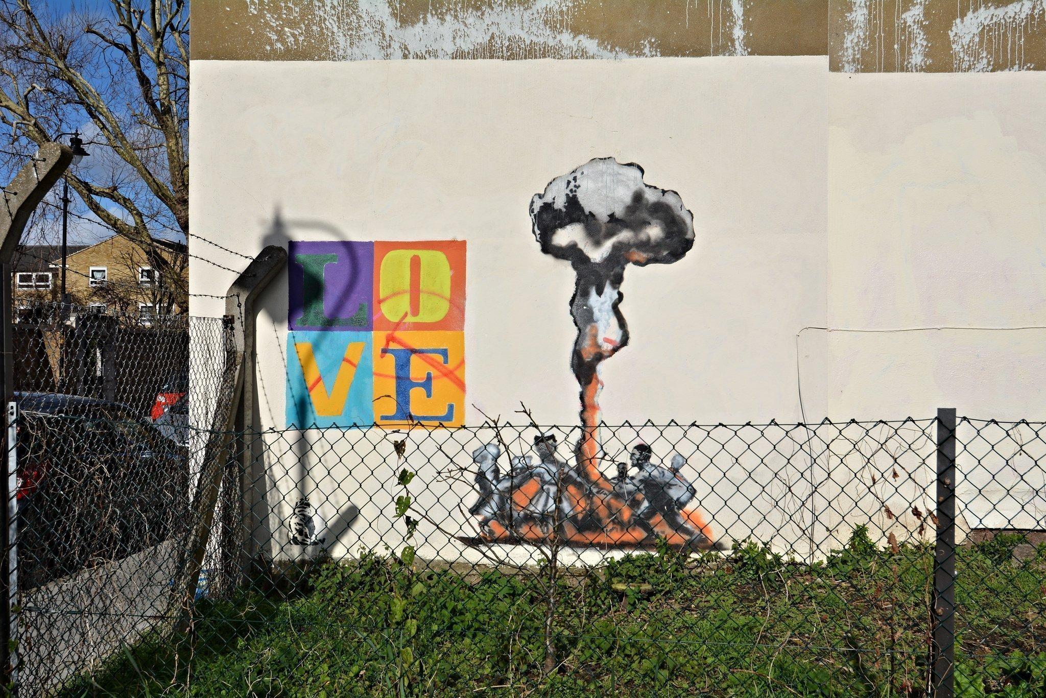 mandela way london street art graffiti stompie stompy tank t34