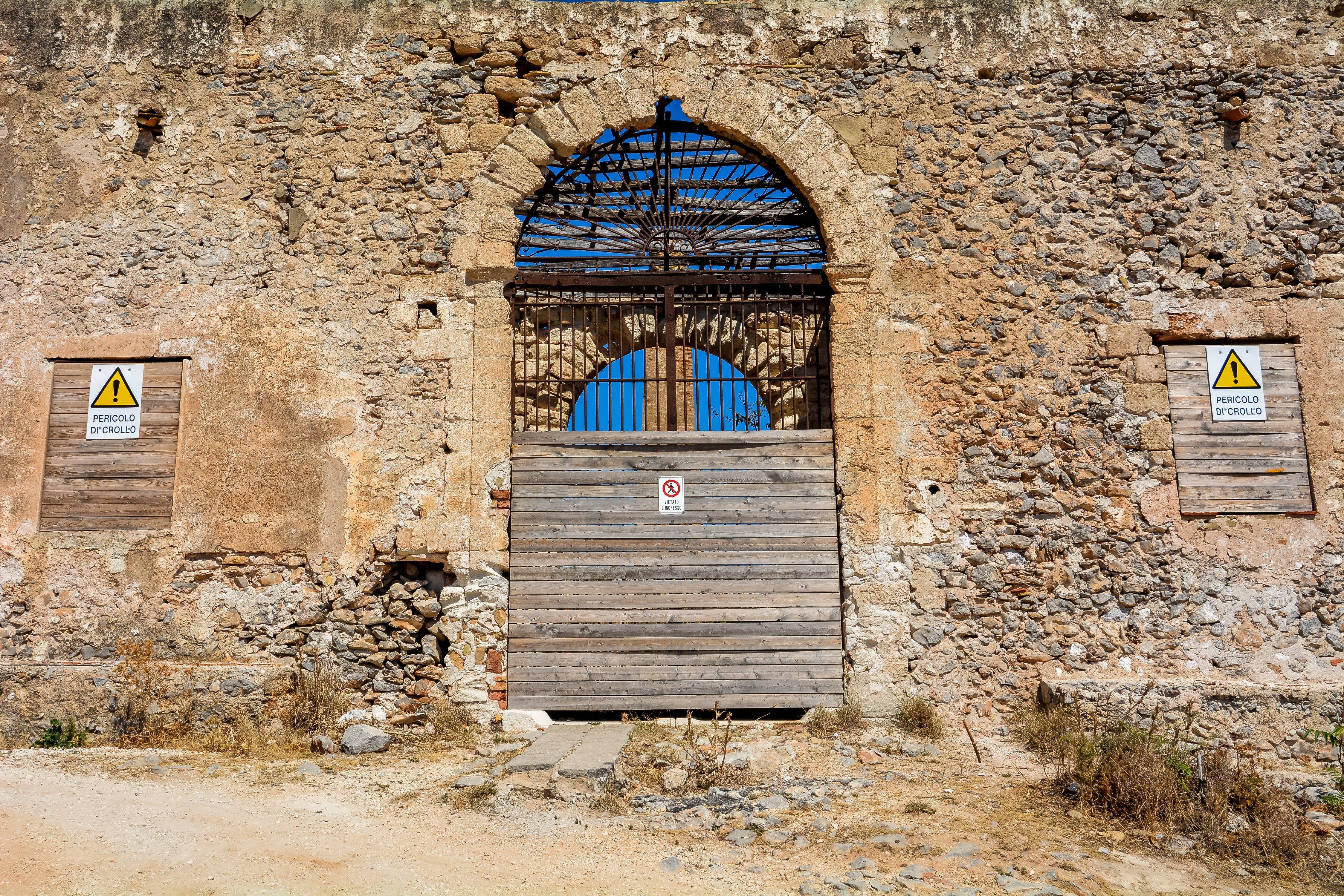 san vito lo capo tonnara del secco abandoned urbex lost places italy sicily entrance tuna factory