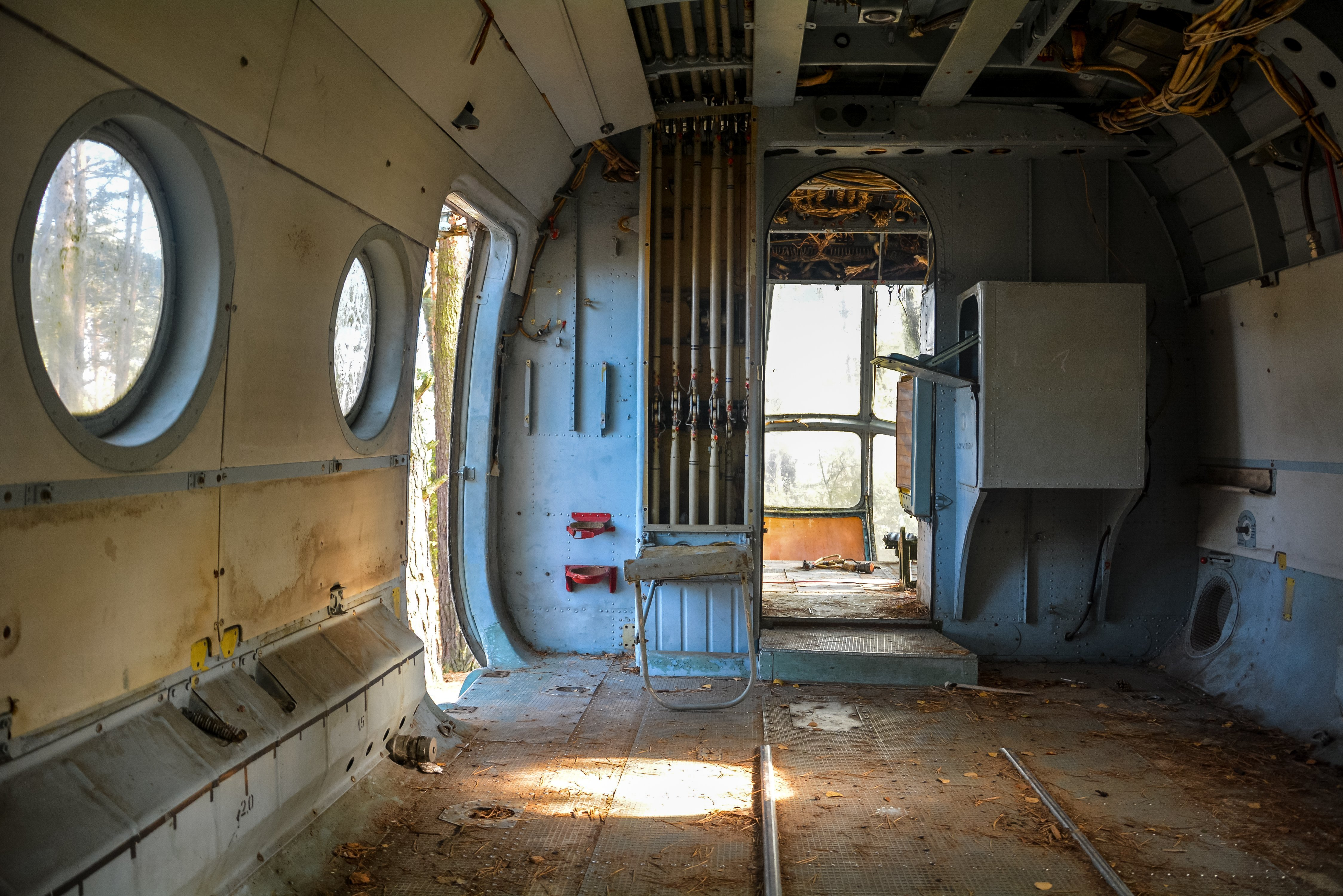 soviet russian mil mi 8 helicopter germany deutschland abandoned urbex lost places hubschrauber wald ddr interior inside cargo bay view