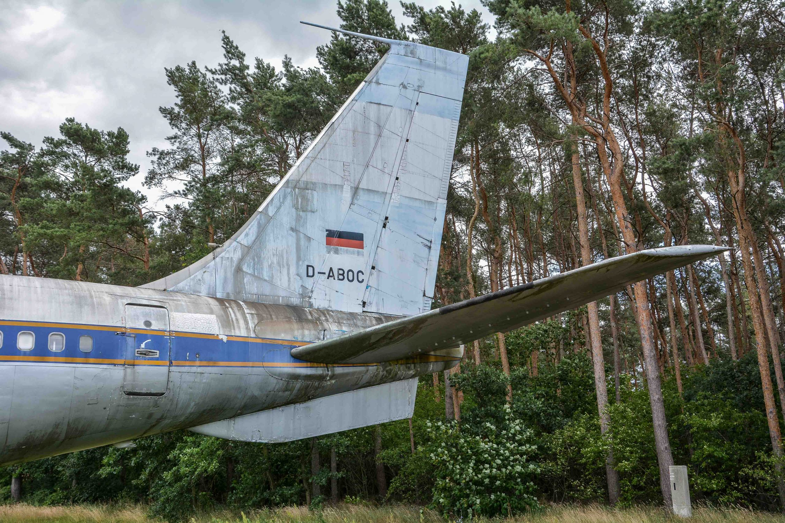 german flag abandoned boeing 707 tegel txl flughafen airport berlin germany deutschland