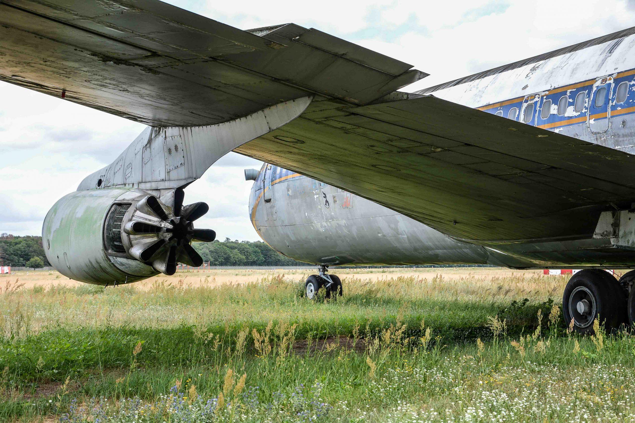 rear side view wing abandoned boeing 707 tegel txl flughafen airport berlin germany deutschland