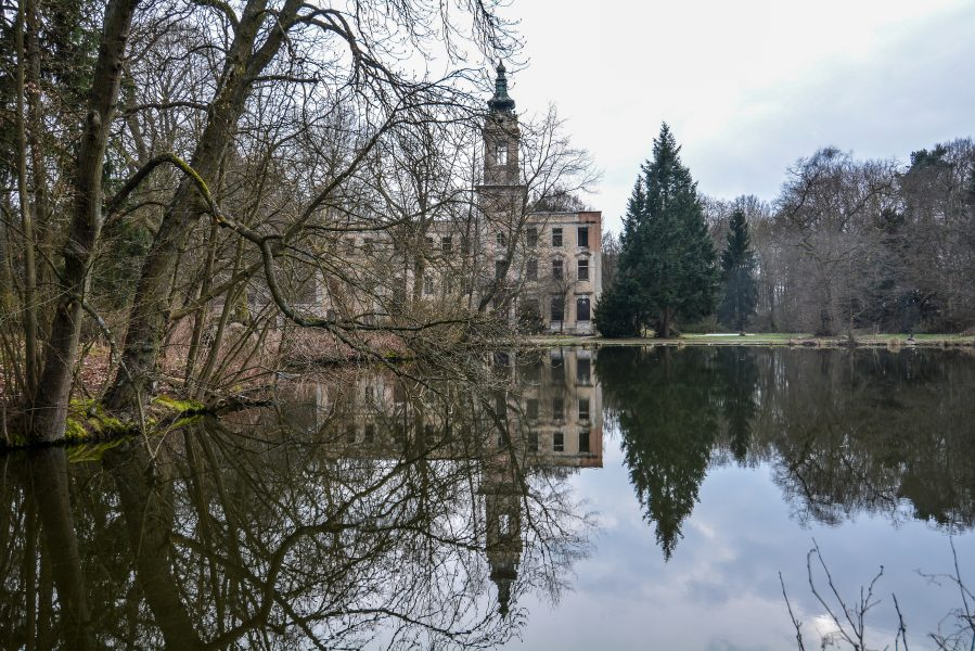 schloss dammsmuehle berlin lost places germany abandoned berlin urbex castle lake view muehlenteich