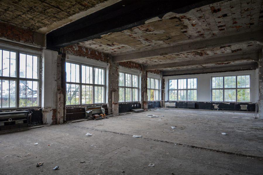 second floor abandoned factory maschinenfabrik georg lensch lost places urbex urban exploring abandoned germany