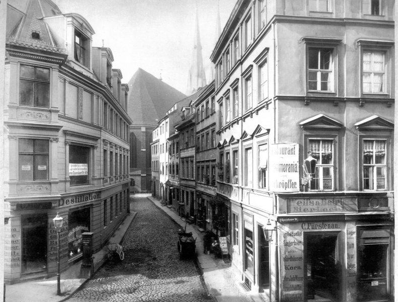 Nikolaikirchgasse ca. 1885 by F. Albert Schwartz