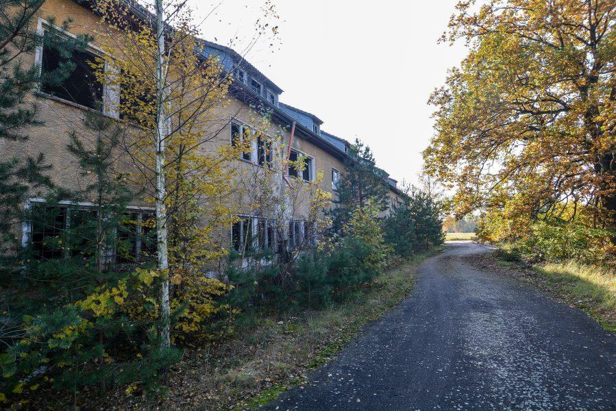 nazi barracks outside oranienburg kz sachsenhausen nazi ss germany barracks ss Hundertschaftsgebaeude lost places abandoned urbex urban exploring