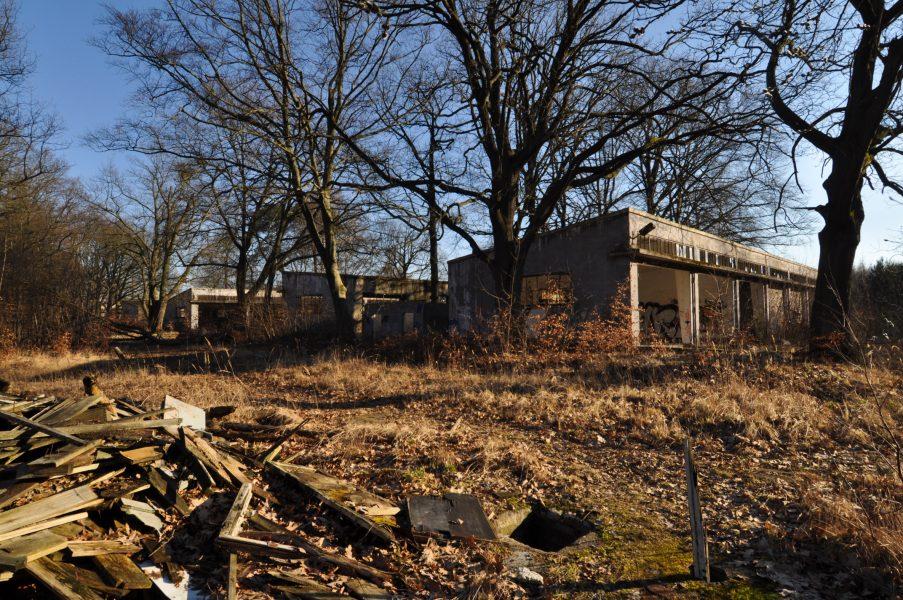 abandoned soviet military base multiple garages eberswalde artillerie kaserne soviet artillery barracks brandenburg lost places urbex abandoned germany