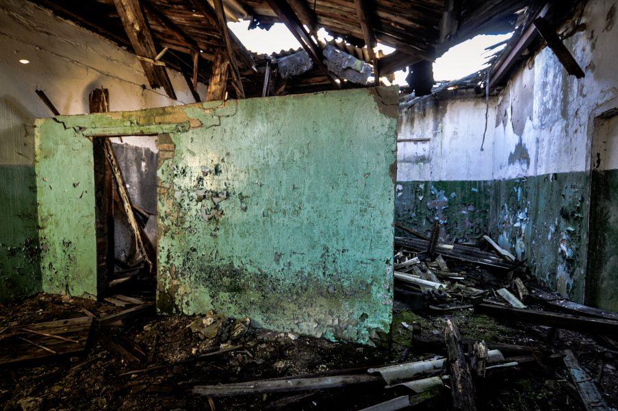 abandoned soviet military base green wall eberswalde artillerie kaserne soviet artillery barracks brandenburg lost places urbex abandoned germany