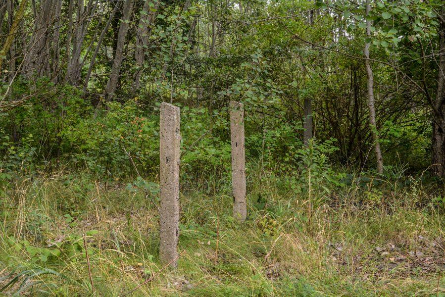 barbed wire fence versuchsstelle fuer hoehenfluege nazi bunker WWII abandoned lost places urbex oranienburg brandenburg germany