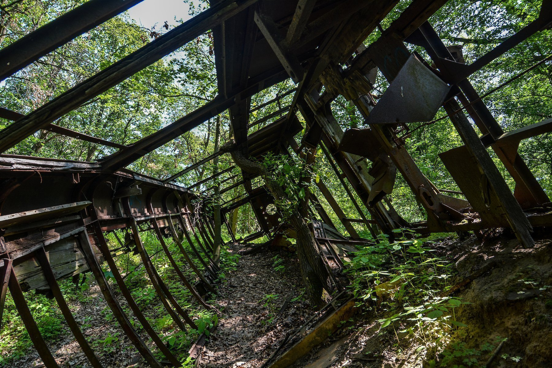 inside abandoned tram strassenbahn brandenburg dallgow doeberitz potsdam abandoned urbex lost places germany deutschland