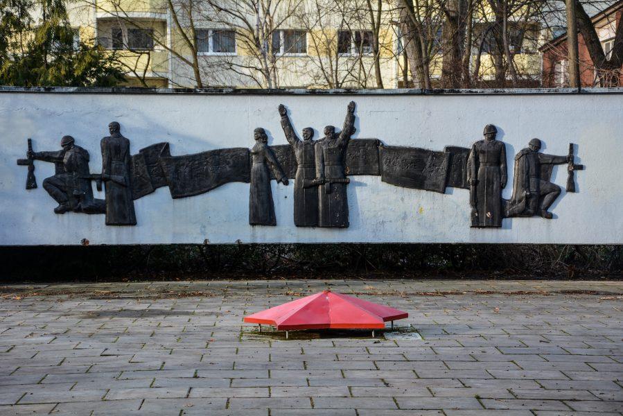 east german sowjetisches ehrenmal hohenschönhausen berlin soviet war memorial germany