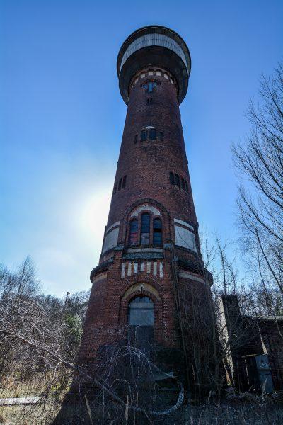 front view water tower rangierbahnhof wustermark train yard elstal berlin lost places abandoned urbex brandenburg