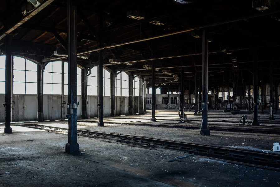 inside view ringlokschuppen rangierbahnhof wustermark train yard elstal berlin lost places abandoned urbex brandenburg