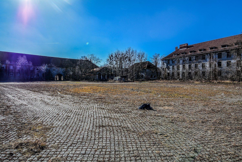 main plaza nazi soviet military base abandoned urbex urban exploring loewen adler kaserne elstal wustermark roter stern kaserne germany lost places