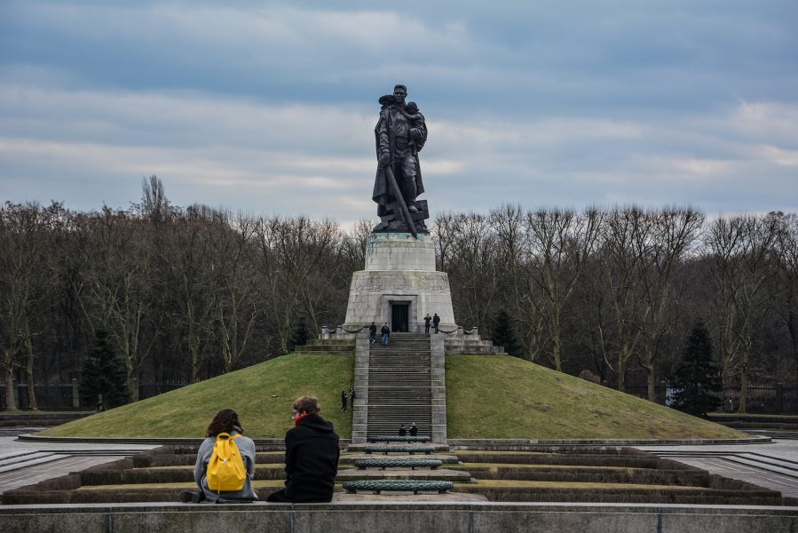 statue of the soviet liberator sowjetisches ehrenmal treptower park treptow soviet war memorial berlin germany