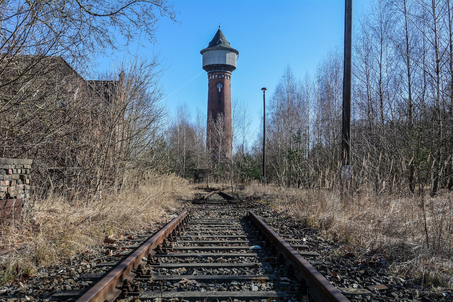 water tower train tracks rangierbahnhof wustermark train yard elstal berlin lost places abandoned urbex brandenburg